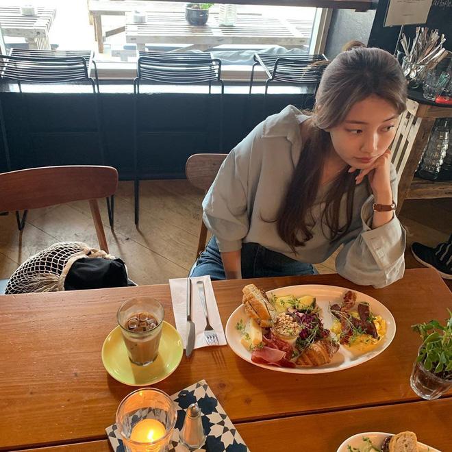 Chỉ có thể là Suzy: Đi du lịch châu Âu mà chụp hình... nhìn như ở Ba Vì, may là chị vẫn đẹp nên fan tha thứ hết! - Ảnh 16.