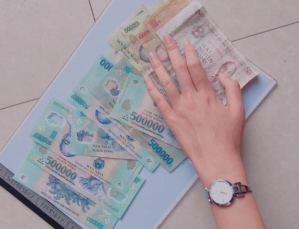 Lén để con trộm đồ mang về nghịch khi đi đăng ký học vẽ, mẹ phải đền gần 5 triệu đồng sau khi cô giáo tức giận đòi