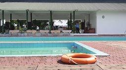 Hai nam sinh tử vong khi tắm trong hồ bơi khách sạn