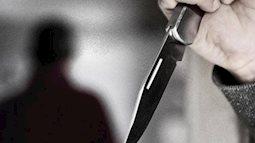 Mâu thuẫn việc mua bia làm đám giỗ, chồng cầm dao đâm vợ tử vong