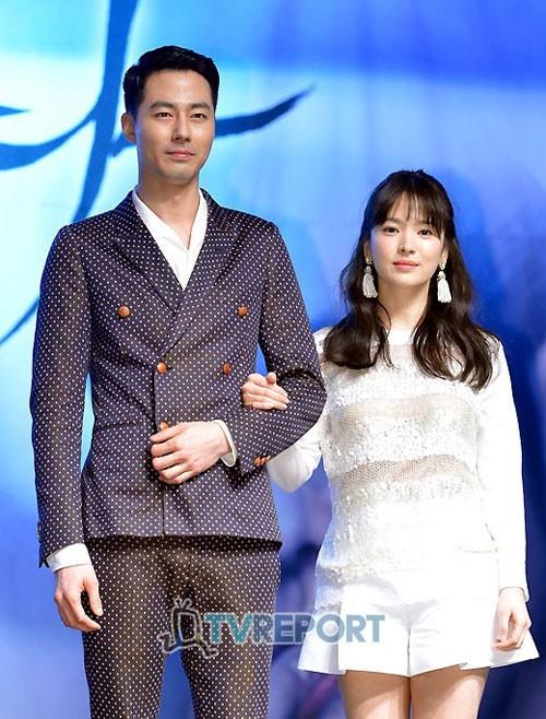 Dân Hàn đổ lỗi cho Song Hye Kyo khi đổ vỡ với Song Joong Ki: Khách quan hay mù quáng do mất niềm tin? - Ảnh 4.
