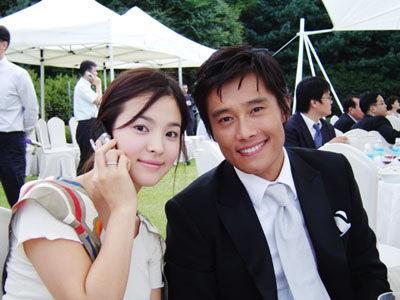 Dân Hàn đổ lỗi cho Song Hye Kyo khi đổ vỡ với Song Joong Ki: Khách quan hay mù quáng do mất niềm tin? - Ảnh 10.