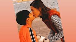 """Hoa hậu """"2 lần mang tiếng giật chồng"""" gây bức xúc khi nhắm mắt hôn môi con trai 8 tuổi"""