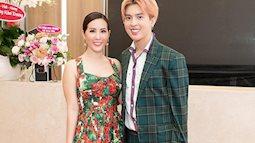 Con trai Hoa hậu Thu Hoài gây chú ý với vẻ ngoài bảnh bao khi xuất hiện cùng mẹ