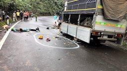 Xe máy chở 3 tông vào xe tải, 1 học sinh tử vong, 2 em khác nguy kịch