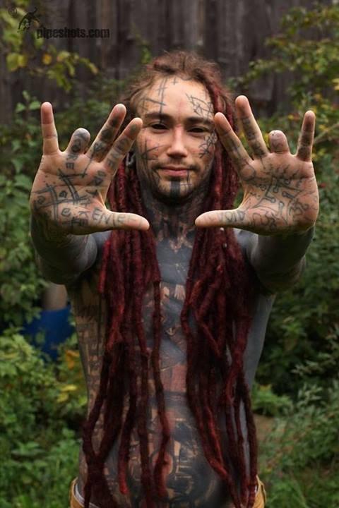 Chàng trai có gu thẩm mỹ mặn nhất thế giới: Xăm kín cả người và độ lại một số bộ phận cơ thể - Ảnh 5.