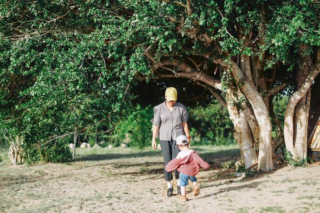 Hành trình phượt 7 ngày bằng xe máy của đôi vợ chồng cùng con trai hơn 1 tuổi, bộ ảnh khiến tất cả phải trầm trồ - Ảnh 7.