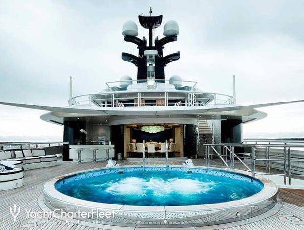 Đốt 35 tỷ vì sinh nhật chỉ có thể là tỷ phú Kylie Jenner: Kỳ nghỉ 1 tuần ở du thuyền 6000 tỷ được thuê đứt có gì mà hot thế? - Ảnh 3.
