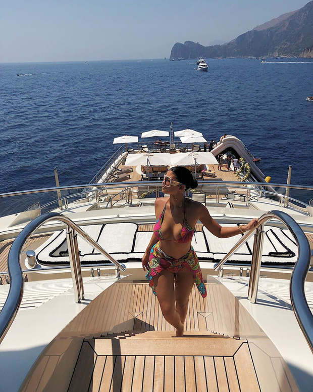 Đốt 35 tỷ vì sinh nhật chỉ có thể là tỷ phú Kylie Jenner: Kỳ nghỉ 1 tuần ở du thuyền 6000 tỷ được thuê đứt có gì mà hot thế? - Ảnh 9.