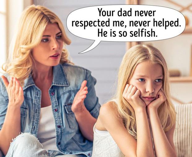Hôn nhân tan hợp là bình thường, nhưng cha mẹ chớ có hủy hoại cuộc sống của con bằng những sai lầm sau đây - Ảnh 4.