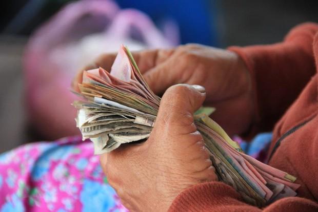 10 mẹo tiết kiệm tiền của người khôn ngoan: Lập quỹ khẩn cấp, chờ 24 giờ trước khi quyết định chi tiền cho một thứ gì đó - Ảnh 5.