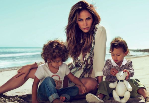 jennifer-lopez-family-1