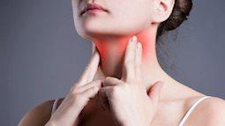 Chuyên gia tai mũi họng chia sẻ cách dùng nước muối để súc miệng và ngăn ngừa đau họng