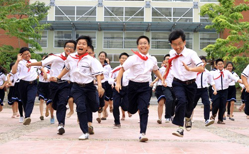 20150504-ngay-mai-truong-luong-the-vinh-phat-ho-so-tuyen-sinh-lop-6-1