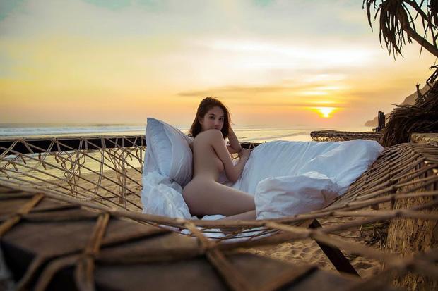 Cũng check-in ở những địa điểm quen thuộc tại Bali nhưng ảnh du lịch của Ngọc Trinh như ở một level khác so với dân tình vậy đó! - Ảnh 4.