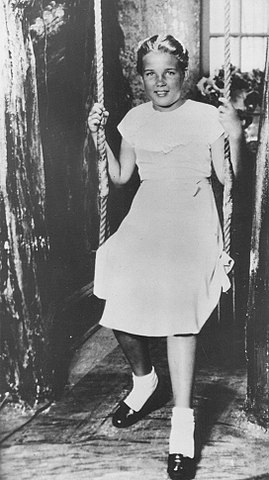 Chuyện nàng Lolita đời thực: Bị người đàn ông trung niên giam giữ, lạm dụng suốt 2 năm trời, đến khi tìm được tự do lại qua đời thương tâm - Ảnh 3.