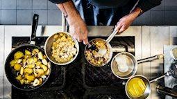 Những thói quen xấu diễn ra trong nhà bếp có thể gây hại sức khỏe nghiêm trọng