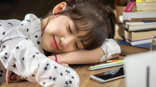 Sự khác biệt lớn giữa ngủ trưa và không ngủ trưa: Ngủ thế nào là đúng cho từng người? - Ảnh 2.