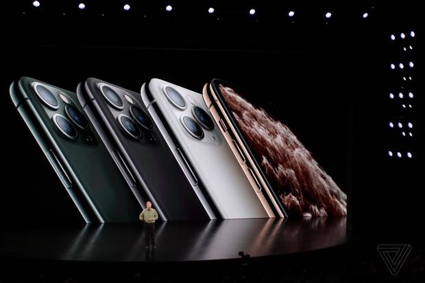 Bộ ba iPhone 11 chính thức đổ bộ: Màu xanh bóng đêm mới ngầu đét, mỗi tội camera trông hơi hài hước - Ảnh 2.