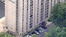 Bé trai 2 tuổi thoát chết trong gang tấc sau khi rơi xuống từ cửa sổ tầng 11, đến bác sĩ còn phải kinh ngạc vì thương tích