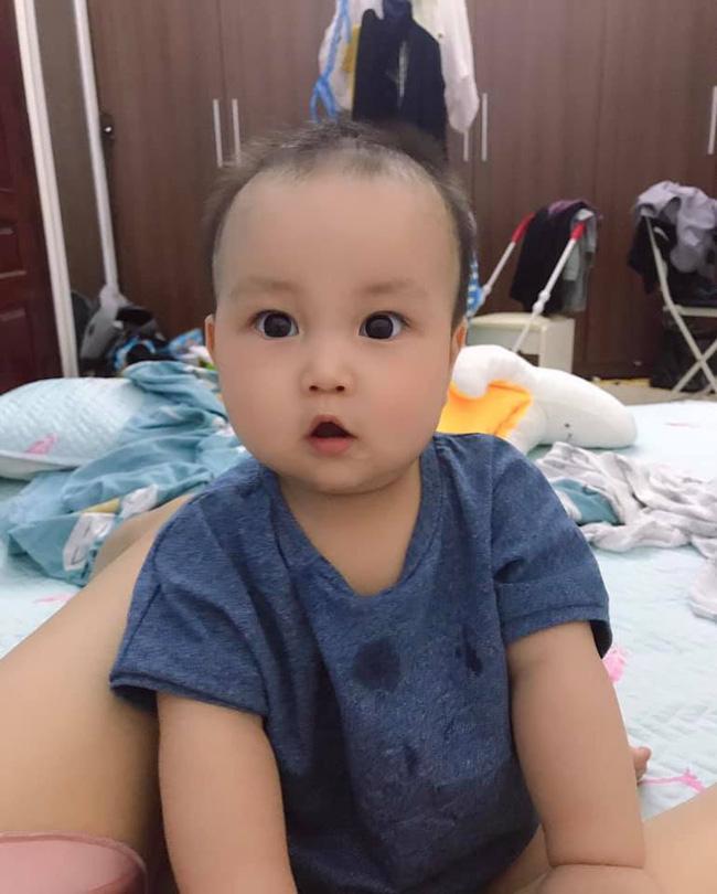 Cách tăng độ thô cho bé khi ăn dặm kiểu Nhật theo 4 giai đoạn - Ảnh 1.