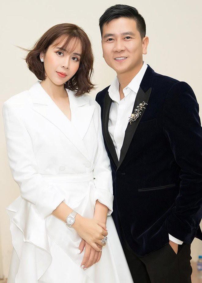 Lưu Hương Giang ngồi chỉnh giày cho chồng và cuộc hôn nhân đẹp nhất nhì showbiz đã tan vỡ - Ảnh 12.