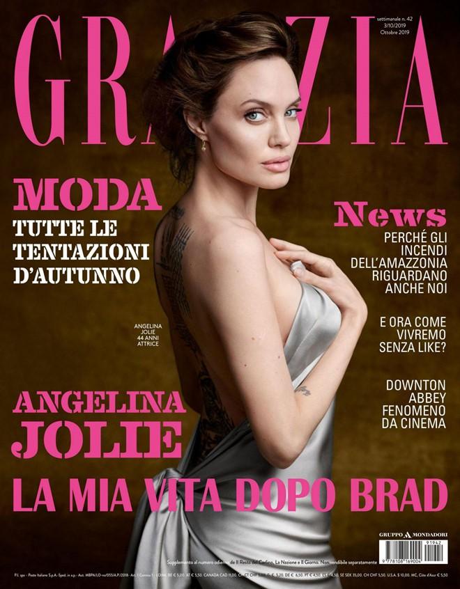 Phát sốt vì nhan sắc lột xác của Angelina Jolie gần đây: Cuối cùng nữ hoàng nhan sắc một thời đã trở lại! - Ảnh 1.