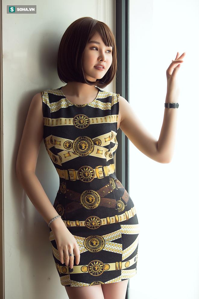 Hoa hậu Lê Âu Ngân Anh: Chắc mọi người nghĩ em mặt dày lắm, bị chửi mà vẫn xuất hiện - Ảnh 5.