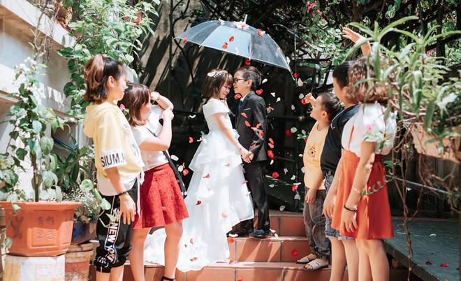 Cô gái 1,2m chụp ảnh cưới với thầy giáo tí hon từng trúng tiếng sét ái tình qua tivi - Ảnh 6.