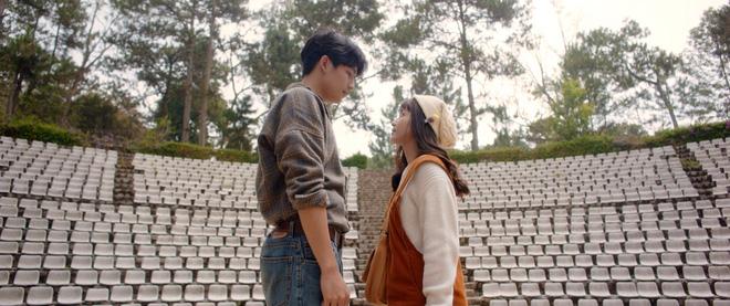 Trạng Quỳnh Quốc Anh đẹp vô thực, siêu tình bên Khả Ngân trong teaser nên thơ Bí Mật Của Gió - Ảnh 8.