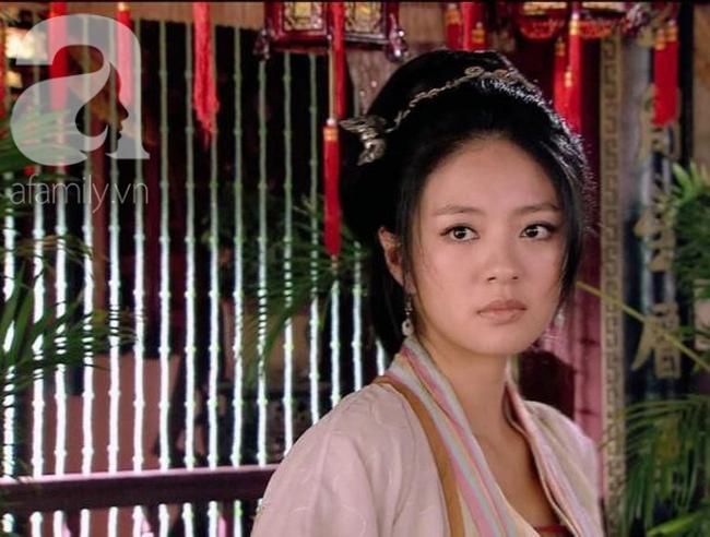 Kỹ nữ đẹp nức tiếng thời Tống, đàn ông đều quỳ gối dưới gấu váy cô, Hoàng đế phải đào đường hầm từ cung điện đến lầu xanh để gặp - Ảnh 4.