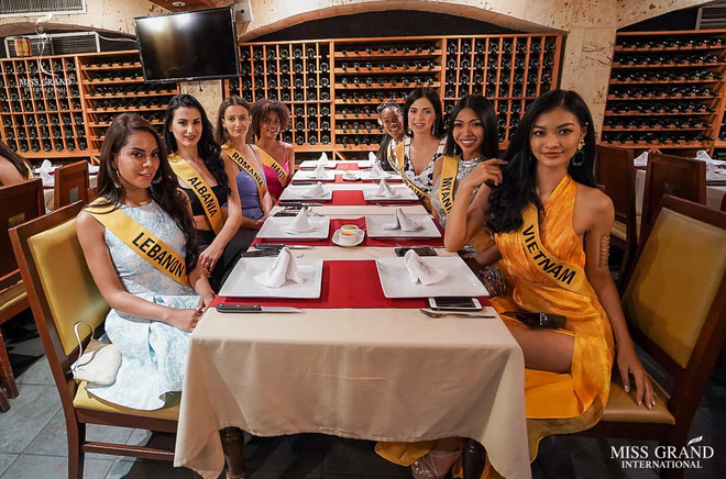 Á hậu Kiều Loan liên tục xuất hiện ở vị trí nổi bật, ghi điểm với cách gây ấn tượng tại Miss Grand International 2019 - Ảnh 2.