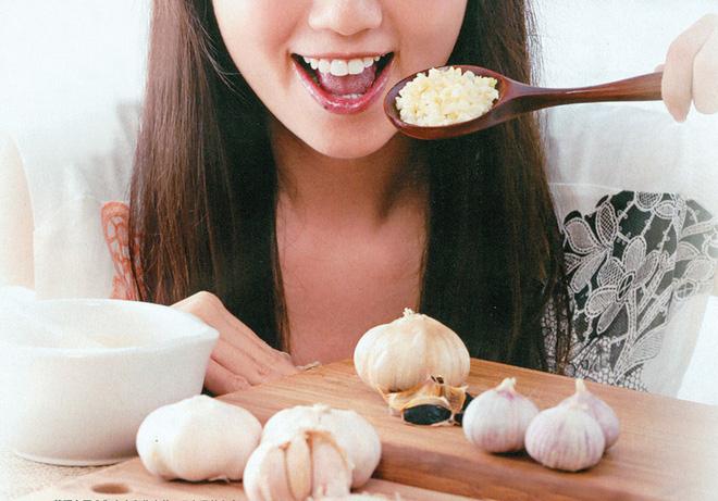 Dùng gia vị nấu nướng nếu không biết cách làm đúng thì chưa chắc đã thu về được nhiều lợi ích sức khỏe - Ảnh 2.