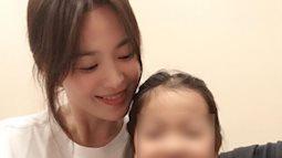 Hồi phục tinh thần sau cuộc ly hôn ngàn tỷ với Song Joong Ki, Song Hye Kyo đã lấy lại niềm vui bên gia đình
