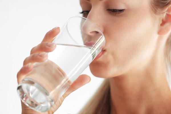 """Uống bao nhiêu nước là """"đủ"""" khi bạn đang giảm cân? - Ảnh 3."""