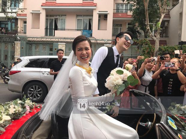 Góc ngỡ ngàng: Chiếc xe ô tô rước nàng dâu Đông Nhi đã được Ông Cao Thắng mang lên sân khấu từ... 5 năm trước? - Ảnh 5.