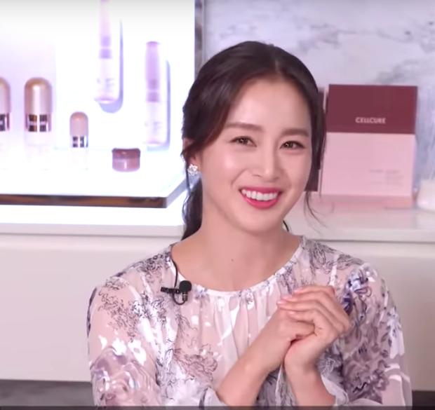 Nữ hoàng nhan sắc Kim Tae Hee hiếm lắm mới chia sẻ bí quyết làm đẹp, vô tình hé lộ hôn nhân viên mãn bên Bi Rain - Ảnh 3.