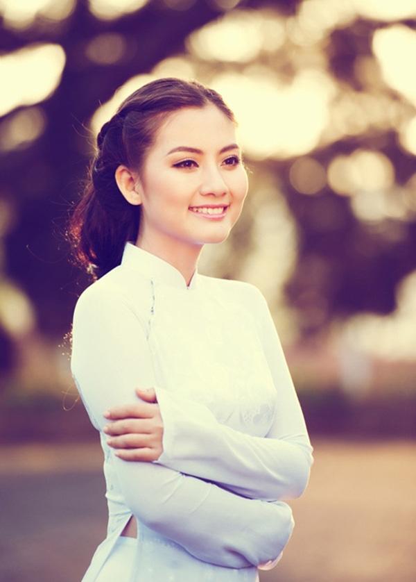 Đường tình của Ngọc Lan trước khi ly hôn Thanh Bình: 2 lần bẽ bàng vì bị bạn trai từ chối cưới - Ảnh 1.
