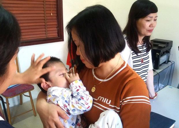 Sự thật bất ngờ bé trai 3 tuổi ở Hải Dương bị bỏ rơi trước cửa nhà dân - Ảnh 4.
