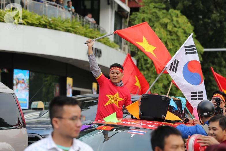 Trận thư hùng Việt Nam - Thái Lan: Derby của khu vực Đông Nam Á, phố phường Hà Nội