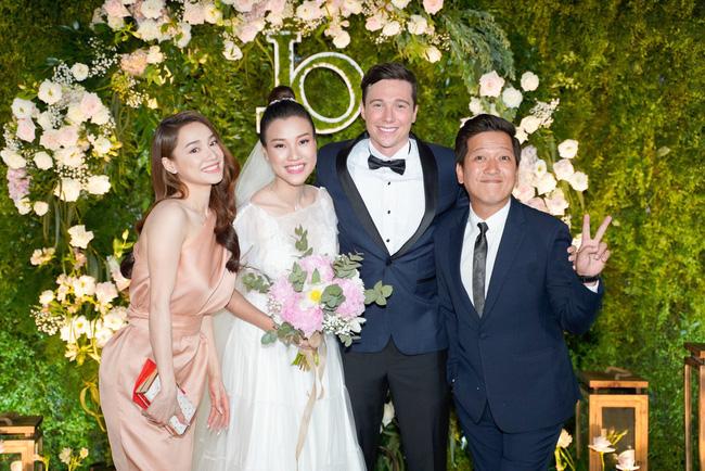 Vì một hành động trong đám cưới Hoàng Oanh, Trường Giang được khen ngợi là
