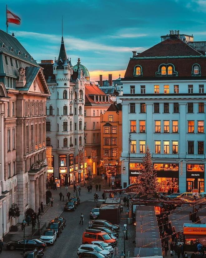 Top 10 thành phố lãng mạn nhất thế giới, dù có người yêu hay vẫn FA thì cũng hãy note vào mà đi thôi! - Ảnh 5.