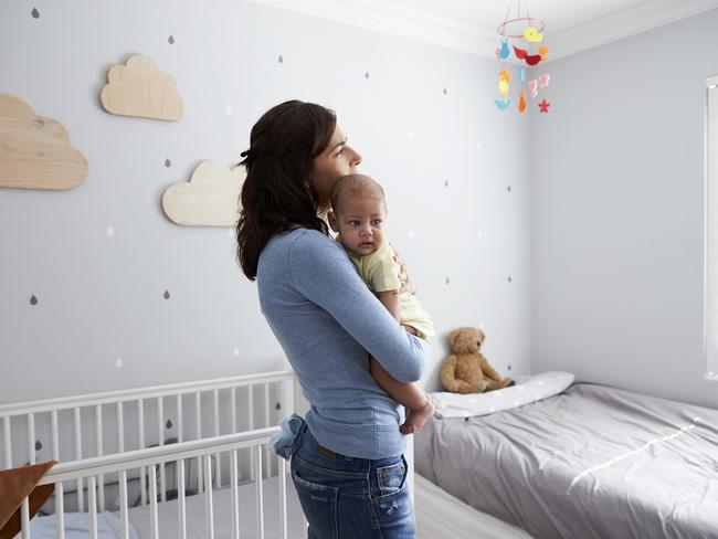 Bác sĩ Nhi kể về đêm trực có em bé phải chọc tủy xét nghiệm, nhưng các mẹ lại rớt nước mắt vì chuyện khác - Ảnh 6.