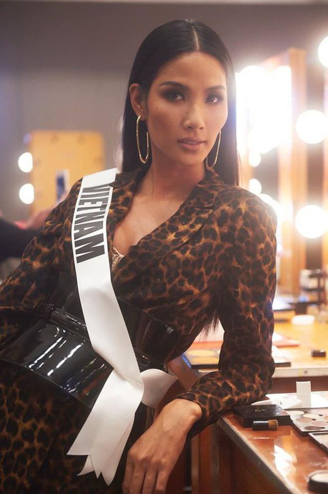 Hoàng Thùy là thí sinh duy nhất được Miss Universe khoe khoảnh khắc chụp ảnh bikini, còn khoe dáng cực nuột - Ảnh 3.