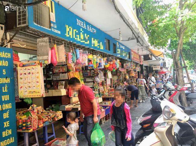 Ở Hà Nội, cuối tuần nào cũng đưa con lên phố đi bộ chơi nhưng nhiều phụ huynh còn không biết tới sự xuất hiện của 3 dịch vụ vui chơi ngon bổ rẻ có ích cho các bé này - Ảnh 7.