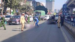 Hà Nội: Va chạm với xe tải, 2 người đi xe máy tử vong thương tâm