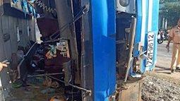 Nguyên nhân vụ lật xe khách khiến 2 người chết, 11 người bị thương ở Long An