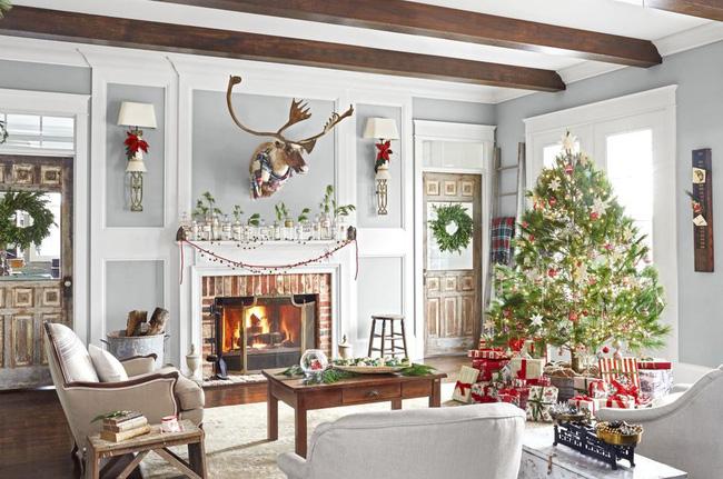 Những cách tạo không khí vui vẻ cùng nét nổi bật độc đáo cho phòng khách nhà bạn dịp Giáng sinh - Ảnh 12.