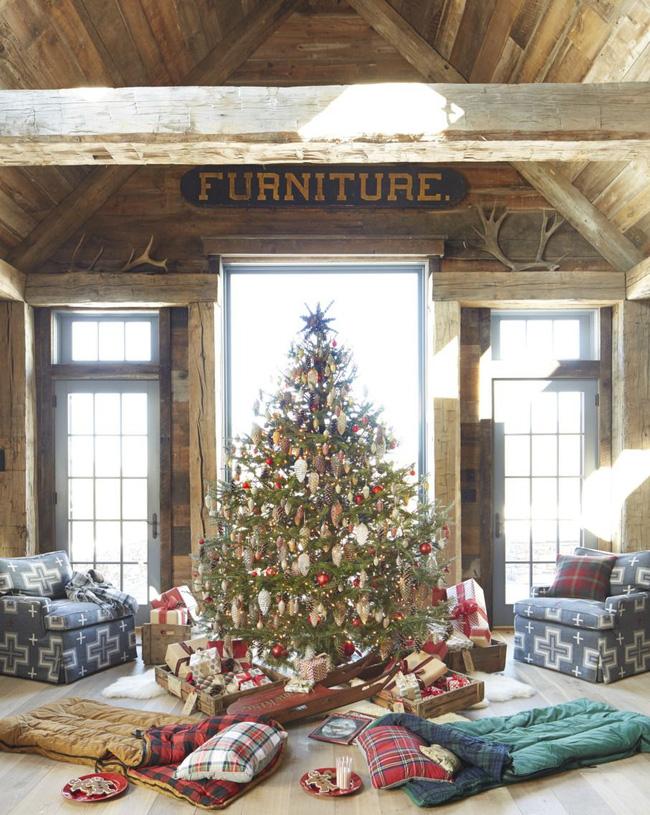 Những cách tạo không khí vui vẻ cùng nét nổi bật độc đáo cho phòng khách nhà bạn dịp Giáng sinh - Ảnh 15.