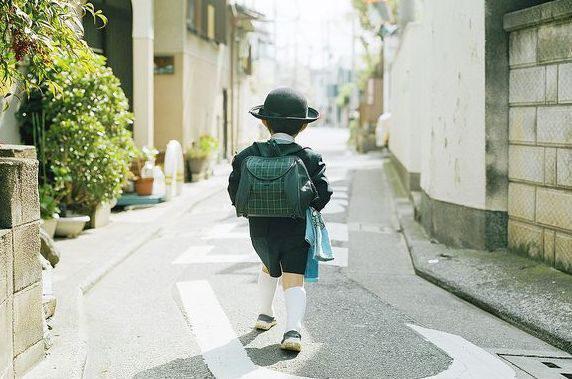 Câu chuyện về đứa trẻ